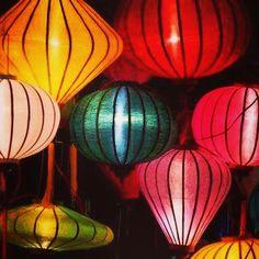 7 settembre 2015 a #Firenze oggi si celebra la #Rificolona. Noi abbiamo optato per la #lanterna vietnamita, dall'edizione 2015 della #mostra.