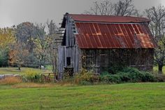 Grinder's Barn,original photo by Jerry Bain.
