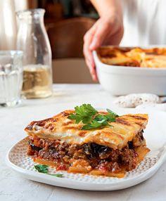 Musaka s lilkem Tzatziki, Lasagna, Food And Drink, Fresh, Ethnic Recipes, Food Ideas, Fit, Cooking, Bulgur