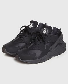 new styles 4f8cc c5490 Nike - Huarache Black Black Nike Shoes, Black Nikes, Black Huraches, New  Shoes
