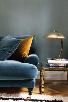 Blanca petrel velvet sofa