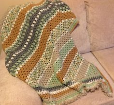 Ravelry: pekeapoomom's Stripes-a-Slant Throw