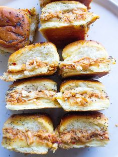 Pulled Chicken, Bbq Chicken, Hawaiian Bread Rolls, Tyson Foods, Easy Dinner Recipes, Dinner Ideas, Dinner Sandwiches, Chicken Sliders, Bbq Meat