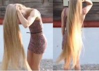 This woman has incredible hair ! We must see We all know that long hair is feminine, beautiful but they require a lot of maintenance! The woman in this video has incredibly long, gorgeous hair!