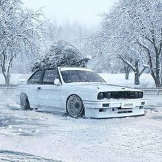 The Most Luxurious Vehicles In The World With Finest Photographs of Vehicles Bmw E30 M3, Bmw M5, E46 M3, Muscle Cars, Top Luxury Cars, Bmw Classic Cars, Mc Laren, High End Cars, Bmw Cars