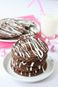 Raspberry Hugs Chocolate Cookies from Two Peas & Their Pod. http://punchfork.com/recipe/Raspberry-Hugs-Chocolate-Cookies-Two-Peas-Their-Pod