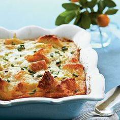 Creamy Egg Strata - 68 Ways with Farm-Fresh Eggs - Southernliving. Let Creamy Egg Strata be the star of your next brunch. Made with Swiss and Parmesan cheese, this creamy egg dish is worth waking for. Strata Recipes, Egg Recipes, Brunch Recipes, Casserole Recipes, Cooking Recipes, Beef Casserole, Grits Casserole, Easter Recipes, Kitchen