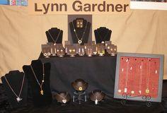 Lynn Gardner jewelry Art Event at Wenaha Gallery.