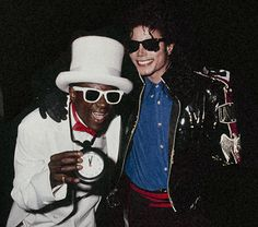 Michael Jackson and Flavor Flav Michael Jackson Bad, Michael Jackson Fotos, Paris Jackson, Janet Jackson, Flavor Flav, King Of Music, The Jacksons, Rare Pictures, Celebs