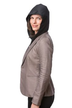 This lightweight accessory turns any coat into a rain jacket. Save on space and weight! Portable hood!