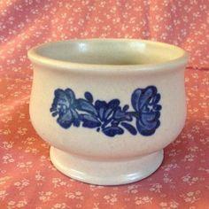 PFALTZGRAFF YORKTOWNE Sugar Bowl w/out Lid Gray w/ Blue Flowers Floral 22Y #Pfaltzgraff #Yorktowne #SugarBowl