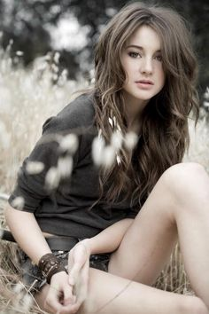 Shailene Woodly, who is playing the roles of Tris in Divergent, and Hazel Grace in TFiOS.