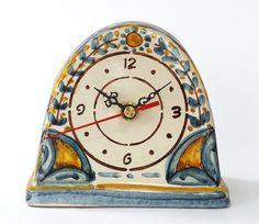 Table clocks Table clock handmade in ceramic and decorated with floral patterned, crackle glaze #orologio #maiolica #ceramiche #artigianato #clock #madeinitaly