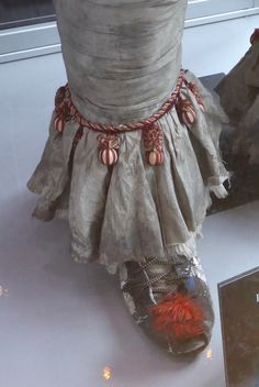 IT movie Pennywise costume ankle and shoe detail