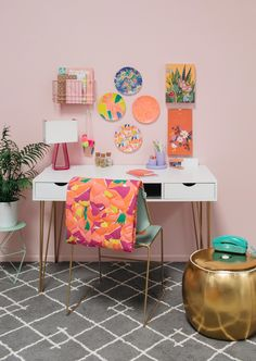 To have your own home office is not just a wish. You can have it by using one of the modern home office table design ideas. Office Table Design, Home Office Table, Home Office Design, Home Office Decor, Unique Home Decor, Modern Home Offices, Home Modern, Home Remodeling Diy, Target Home Decor