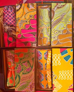 Kain batik for gift with unique packaging ❤️. If you want contact me +62 82137124111 or line : stellakrn