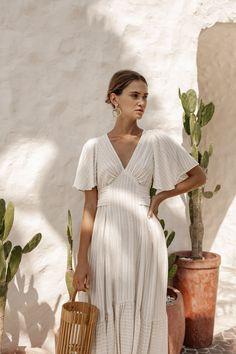 Layla Dress - Woven Creme - Bird & Kite Beautiful Dresses, Nice Dresses, Summer Dresses, Simple Dresses, Bird Kite, Minimal Outfit, Fashion Project, Striped Linen, Fashion Labels