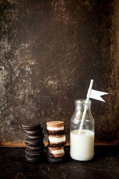 Alternative Cute Dessert Idea with Cookies and Milk