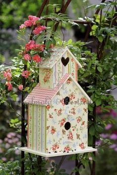 birdhouse-what a lovely idea...cover with beautiful fabric scraps!