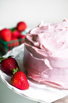Homemade Yellow Cake with Strawberry Frosting ~ simple, homey, and fresh, this strawberry cake is the perfect finish for a spring meal or birthday dinner! Strawberry Frosting Recipes, Homemade Strawberry Cake, Strawberry Butter, Strawberry Cakes, White Cakes, Dried Strawberries, Just Cakes, Homemade Cakes, How To Make Cake