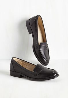 287d47d9975a9 81 Best Shoes images in 2018 | Loafers, Penny loafer, Flat Shoes