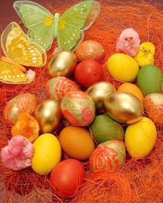 Easter Egg Dying and Decorating « Wife, Mom, Woman