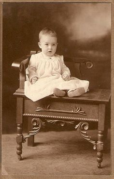 Love old photos, especially ones of babies and children.