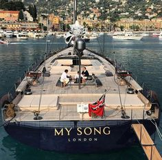 Love this Song Wally Yachts, Baltic Yachts, Luxury Sailing Yachts, Yacht Cruises, Yacht Interior, Cool Boats, Yacht Boat, Floating In Water, Yacht Design