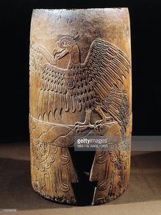 Stock Photo : Mixtec civilization, Mexico, Wooden drum with figure of eagle, From Malinalco