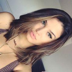 Rambut Sebahu Cantik