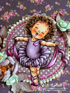 Vili's Art: Бебешки албум-дневник Кожа/Skin: E11, E50, E51, E93  Коса/Hair: E30, E31, E33, E35, E37, E29 Рокля/Dress: V91, V93, V95, V99, W7 Шал/Stole: RV52, RV55, RV69, W5
