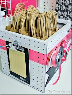 This is a great example of how to use pegboard to make a self-contained project kit. This could work well if you had a business that needed packaging/shipping.