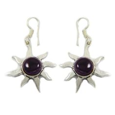 This is a beautiful silvertone oxidized metal dangle earring set. It is very fashionable jewelry.this is img Jewelry For Her, Jewelry Gifts, Metal Fashion, Fashion Jewelry, Stone Earrings, Dangle Earrings, Amethyst Stone, India Fashion, Earring Set