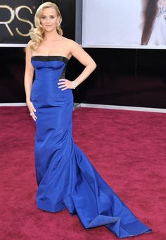 Reese Witherspoon arrives at the 85th Academy Awards at the Dolby Theatre on Sunday Feb. 24, 2013, in Los Angeles.