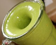 The Skinny Confidential: Yogi Green Smoothie Drink Green Smoothie Recipes, Smoothie Drinks, Healthy Smoothies, Healthy Drinks, Healthy Recipes, Healthy Eats, Superfood Smoothies, Detox Smoothies, Green Smoothies