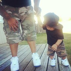 now this is adorable, cant wait to have a lil one to dress just like daddy