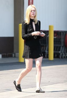 Best 95 Elle Fanning Style Ideas That You Must Know https://fashiotopia.com/2017/05/15/95-elle-fanning-style-ideas-must-know/ The large bang itself cannot be proven, which is the reason it's a theory, you can't test it into a lab or return in time to witness it.
