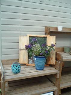 My potting bench