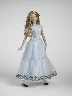 Alice Kingsley - Tim Burton's Alice in Wonderland by Tonner Doll Co.