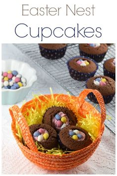 Quick & Easy Easter Nest Cupcakes These easy Easter nest cupcakes recipe are perfect for a quick Easter dessert – fun Easter cupcakes for kids Cute Easter Desserts, Kid Desserts, Easter Cupcakes, Easter Recipes, Easter Food, Party Desserts, Easter Treats, Easter Cake, Holiday Desserts