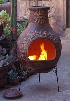 De Sol-y-Yo Chimenea Mexicaanse vuurhaard (rood, 110 cm) is een prachtig product voor een ultieme gezelligheid in uw tuin.  http://gardenmart.nl/74-chimeneas-mexicaanse-tuinhaarden