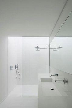 bathroom laundry Awesome, Sleek Bathroom Remodeling Ideas You Need Now Fantastische Badezimmer gestalten Spiegelideen gerade an um Contemporary Bathrooms, Modern Bathroom Design, Bathroom Interior Design, Minimalist Bathroom Design, Bath Design, Modern Design, Mold In Bathroom, Small Bathroom, Bathroom Fixtures