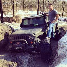 """I finally got my mall crawler stuck!! @godzilla1350 and we are so glad he tagged #jeepbeef !!! #jeep #offroad #cliffsinsaneterrain #warn #rockjock #fuelwheels #mud #winterfun #offroadaction #jeepfreak"" SEE !? Beyond the Wave #Padgram"