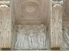 Mensola della cantoria 1431-1438.  Museo dell'opera del Duomo di Firenze