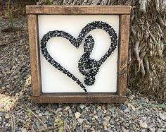 Music Note String Art - Music Lovers Decor - Gift for a Music Teacher - Treble Clef Heart - Music Wall Art - Decor for a Music Studio String Wall Art, Nail String Art, Diy Wall Art, Wall Art Decor, String Art Templates, String Art Patterns, Music Wall Art, Music Crafts, Gift For Music Lover