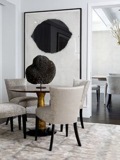 Jacques Grange is one of the best interior designers and decorators in the world and that is interior design tips are such an inspiration for so many. Top Interior Designers, Interior Design Tips, Interior Design Inspiration, Dining Room Inspiration, Dining Room Design, Dining Rooms, Dinning Chairs, Dining Set, Dining Table