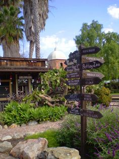 https://flic.kr/p/pLxTtT | Los Rios Historic District | The Los Rios Historic District is located off Interstate 5 in San Juan Capistrano. Situated near the San Juan Capistrano Mission this is the oldest street in California and features original adobe homes, cafes, boutique shops and a petting zoo.