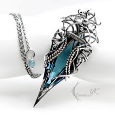 Exhilarating Jewelry And The Darkside Fashionable Gothic Jewelry Ideas. Astonishing Jewelry And The Darkside Fashionable Gothic Jewelry Ideas. Wire Wrapped Jewelry, Wire Jewelry, Jewelry Art, Jewelry Accessories, Jewelry Design, Jewlery, Fantasy Jewelry, Gothic Jewelry, Vintage Jewelry
