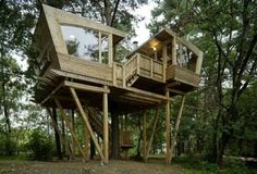 Treehouse | #treehouse #glamping @GLAMPTROTTER