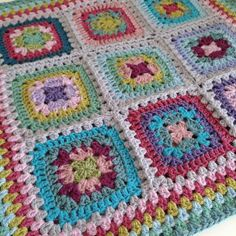 Attic24 Harmony squares bag with border